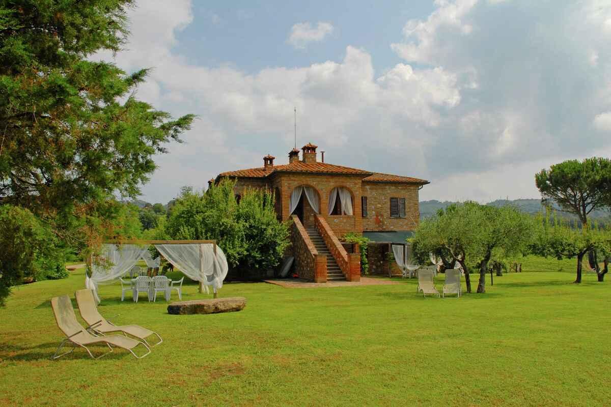 Аренда дома в Читта делла Пьеве недорого