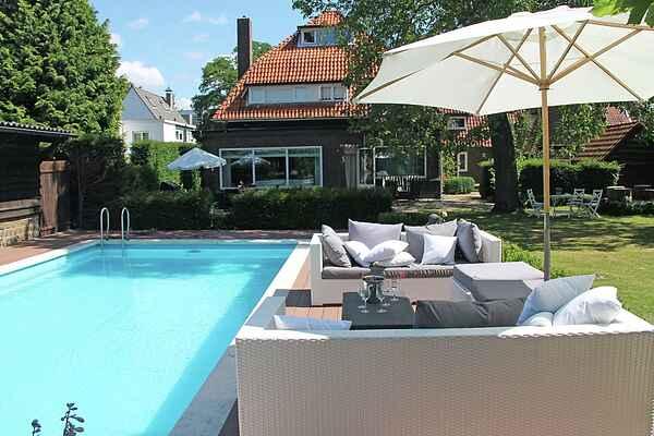 Villa i Helmond
