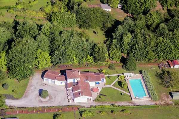 Villa in Port-Sainte-Foy-et-Ponchapt