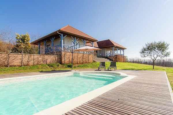 Villa i Chenailler-Mascheix