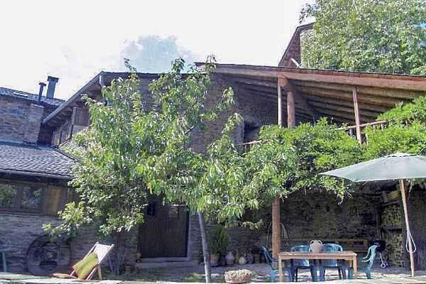 Farm house in Turbiàs