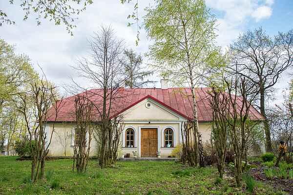 Villa in Izdebno-Kolonia