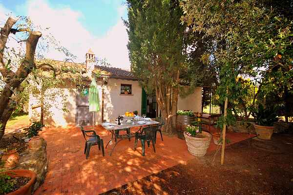 Holiday home in Guistrigona