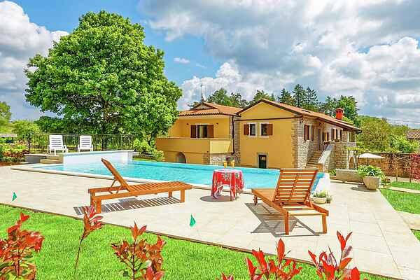 Villa in Pazin