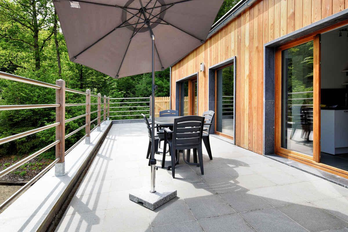 ferienhaus in beauraing belgien. Black Bedroom Furniture Sets. Home Design Ideas