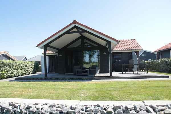 Holiday home in Wilhelminadorp