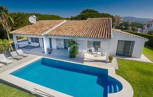 Villa mh14372