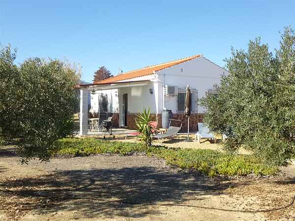 Idyllic 2 bedroom villa in the countryside.