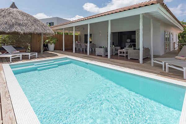 Villa in Jan Thiel
