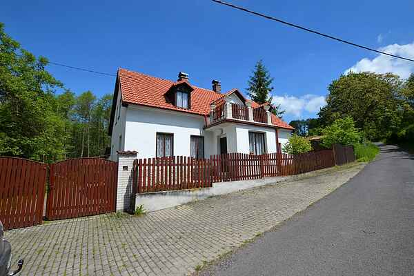 Holiday home in Dolní Týnec