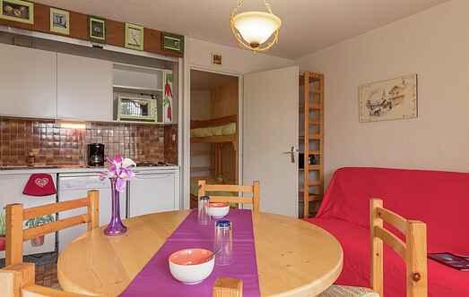 Cottage mh58330