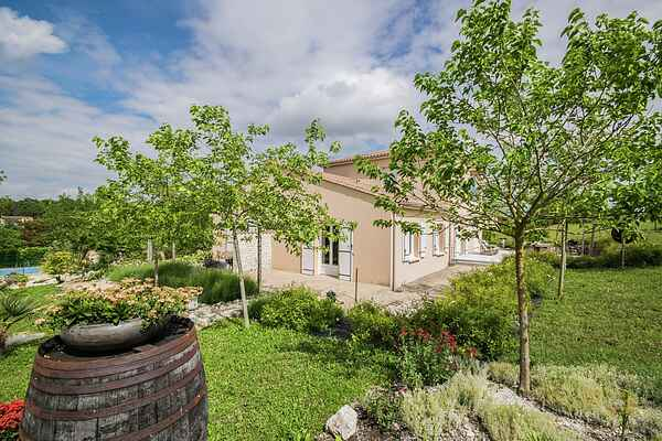 Villa in Lignières-Sonneville
