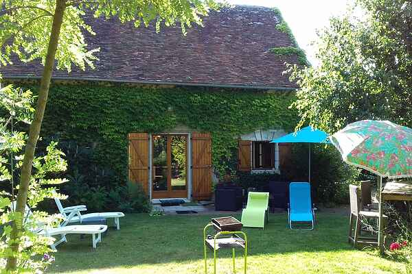 Holiday home in Yzeures-sur-Creuse