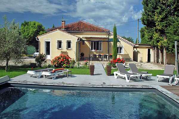 Sommerhus i L'Isle-sur-la-Sorgue