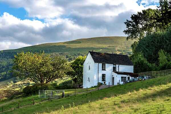 Holiday home in Llandetty
