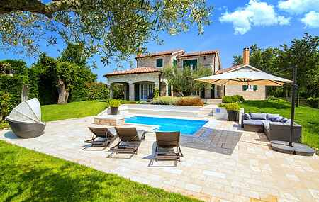 Villa mh38475