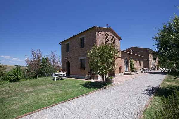 Farm house in Castelnuovo Berardenga