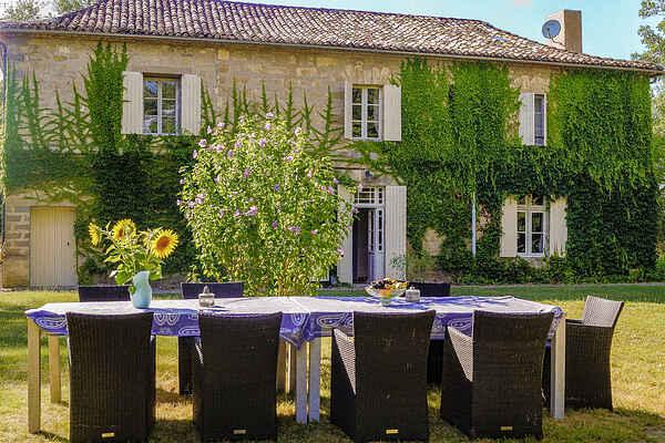 Manor house in Bourgougnague