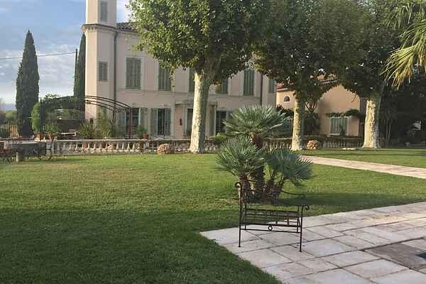 Villa i Trans-en-Provence