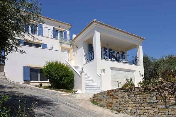 Villa à Foinikounta