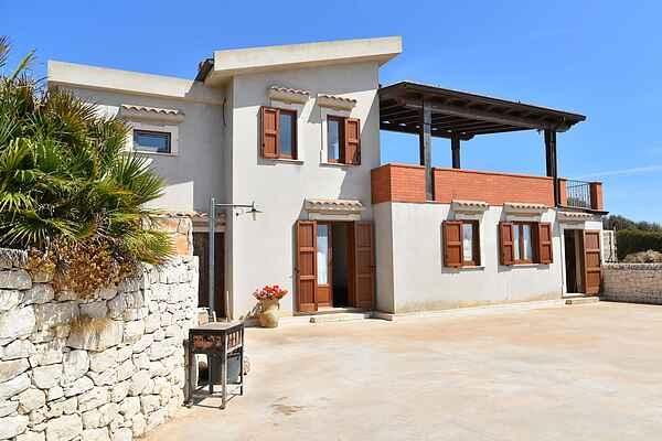 Villa i Cava d'Aliga