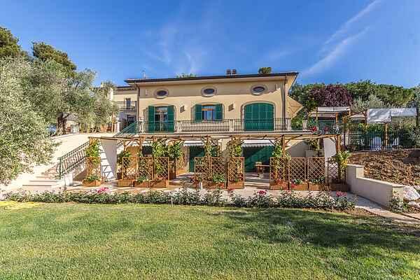 Villa i San Michele