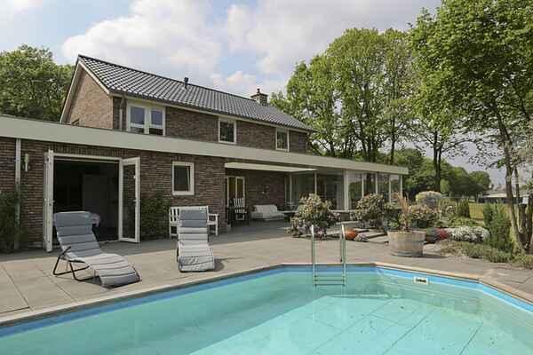 Villa à Emmen