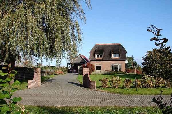 Manor house in Belt-Schutsloot