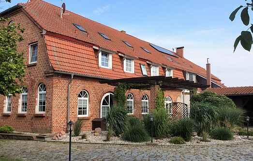 Manor house mh61538