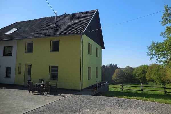 Holiday home in Hönningen