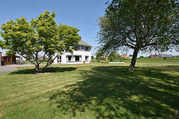 Villa in Hoek