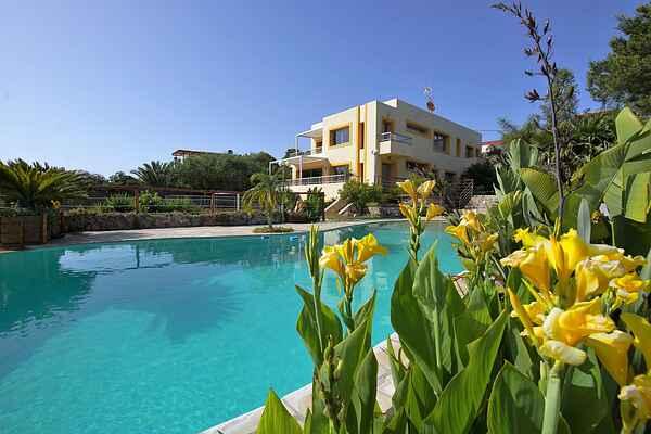 Villa in Cap Martinet