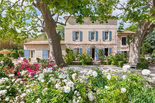 Villa i Paradou