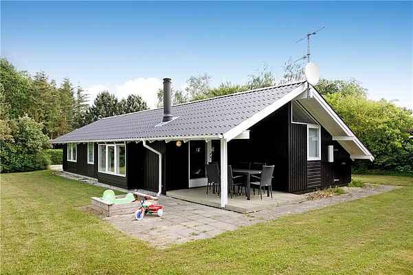 Sommerhus ved Dyngby Strand