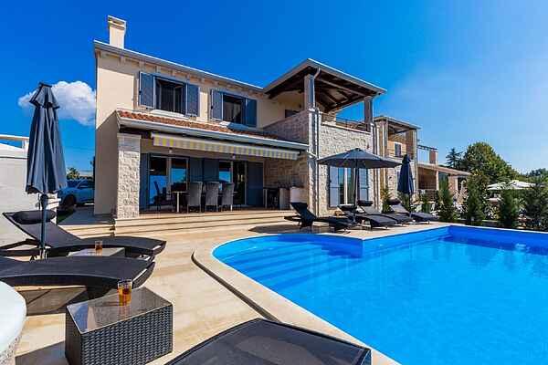 Villa i Kaštelir