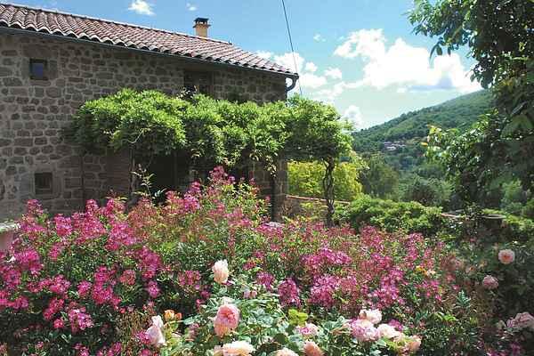 Holiday home in Saint-Sauveur-de-Montagut