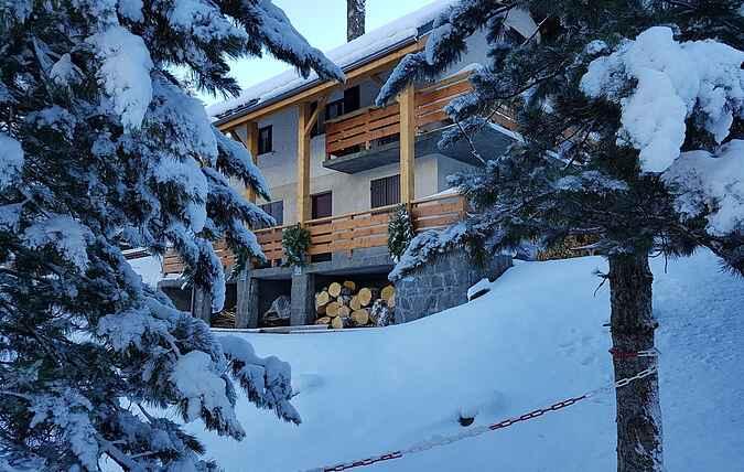 Cottage mh42381