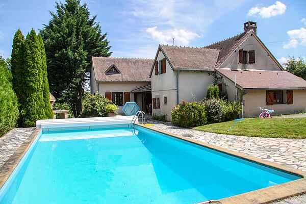 Sommerhus i Cérilly