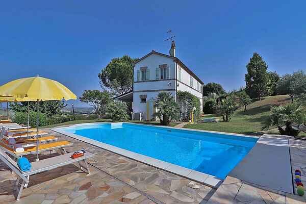 Villa i Corinaldo