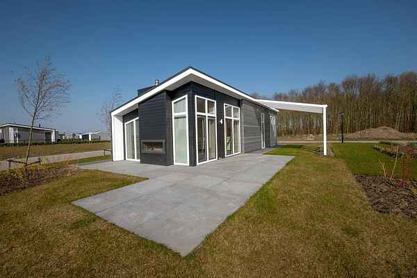 Holiday home in Wemeldinge