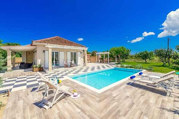 Villa i Vanato