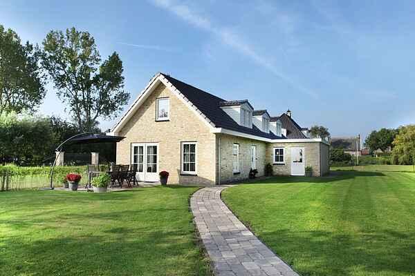Villa i Warmenhuizen