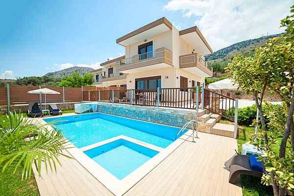 Villa i Mathes