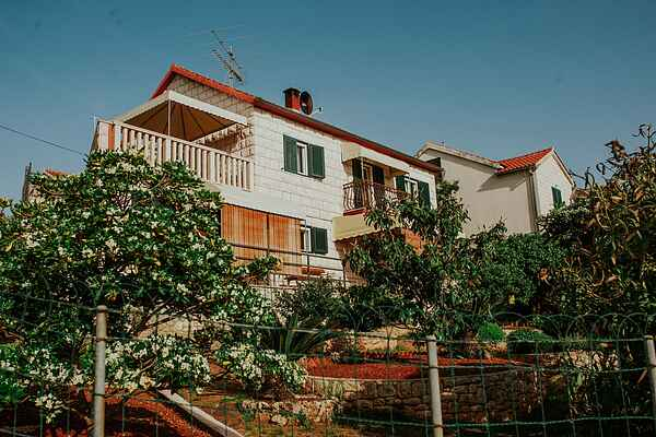 Apartment in Postira