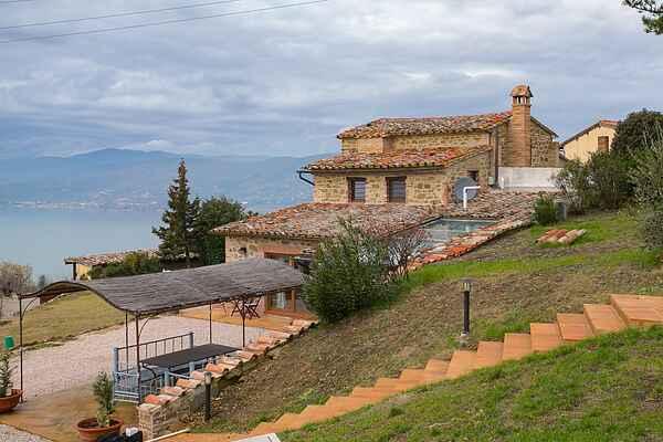 Villa i Magione