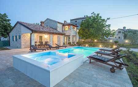 Villa mh67692