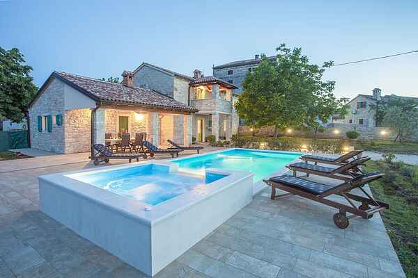Villa i Sveti Lovreč