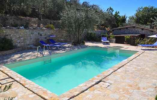 Holiday home mh68318
