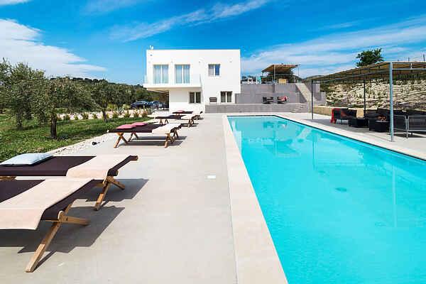 Villa i Avola