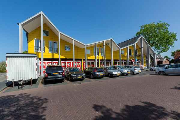 Apartment in South Holland